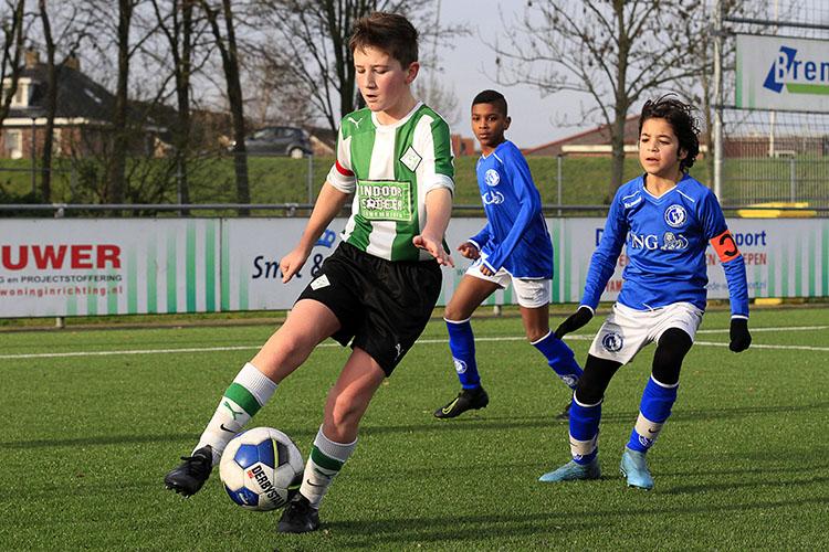 Kledinguitgifte Sportclub Genemuiden